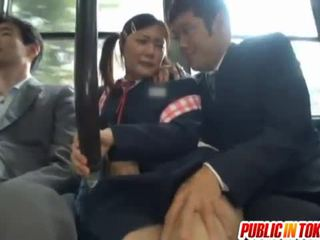 Censurado japonesa autocarro trio