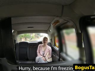 Inglese taxi amatoriale tonguing cabbies arse: gratis hd porno 9d