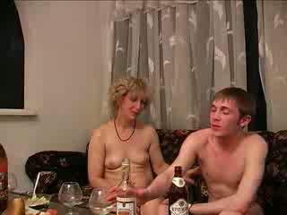 शराबी, माताओं और लड़कों, कट्टर