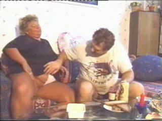 อ้วน แก่แล้ว ผู้หญิงไซส์ใหญ่