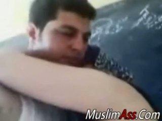 Gemuk hijab ibu rumah tangga kacau di privat video