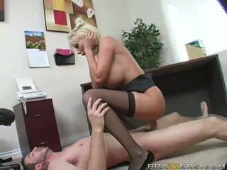 Blonde gets chatte baisée dur