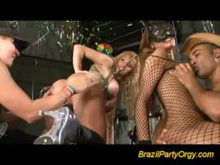 Insane gal offering blowjobs w impreza