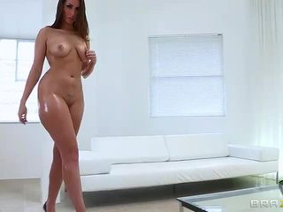 Unthinkable anal sexo con grande trasero paige turnah