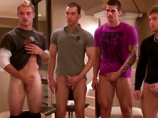Sexy groep amateurs masturberen