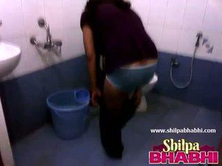 Indiane shtëpiake shilpa bhabhi nxehtë dush - shilpabhabhi.com