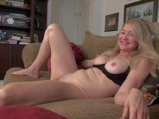 Vana kuid kuum küpsemad koduperenaine ja ema, porno 0d