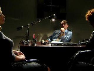 사무실, 스타킹