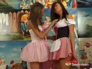 Lesbianas teenagers having funtime