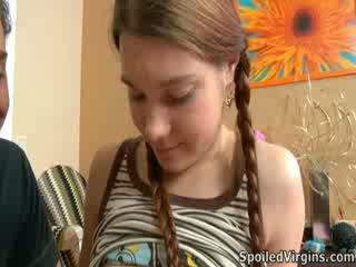 Nina liked cum the armasar playeed cu ei sfarcuri.