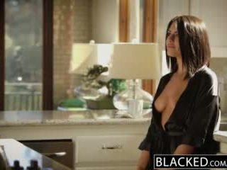 Blacked bruneta adriana chechik takes trio de bbcs