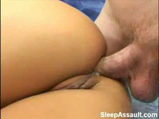 Blonde baisée en son cul tandis que sommeil