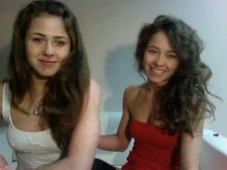 Eroottinen show kiillottaa teenagers kaksoset (dziewczynka17 alkaen showup)