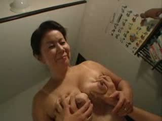 Japoni mami having seks me të saj stepson video