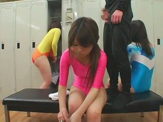 Schoolgirls отримати кінчання на обличчя cumshots в unusual стиль