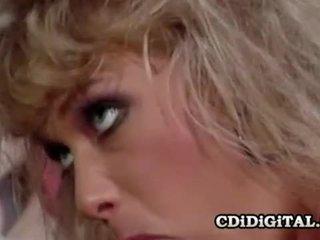 Kristina kung en retro double penetration kön