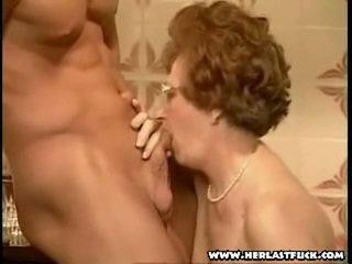סבתא, סבתא 'לה, מציצה