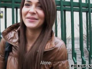 Alexis brill swallows warm kumulat varten raha