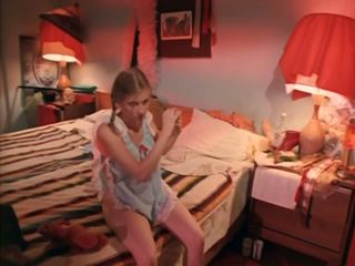 Biograf 74: fria tappning & avsugning porr video- 4b