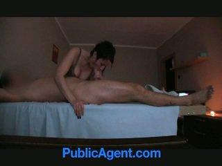 Masseur offered dinheiro para sexo