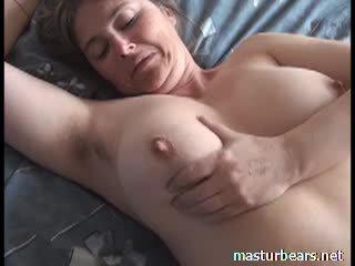Orgasmus bei zuhause vollbusig französisch milf martine video