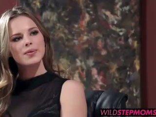 Abbey brooks accompanies haar stepdaughter naar een baan interview