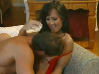 Asia Carrera takes the cum on her ass