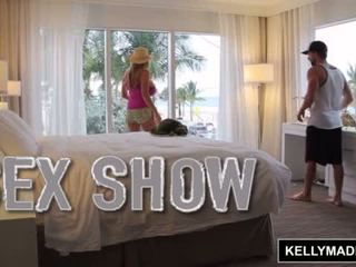 Kelly madison giving एक सेक्स प्रदर्शन के माध्यम से the विंडो <span class=duration>- 11 min</span>