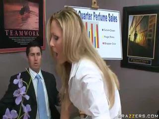 Vidios di hardcore donna ottenere scopata da grande cocks scopata donna