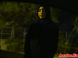 Arab hijabi fucked dalam dilarang ketat faraj: percuma lucah 74