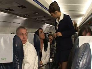 Трудно секс с много горещ stewardesses