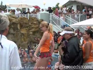 Nudist partener schimbate piscina petrecere key west