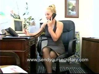 Γραμματέας κοντά όχι thongs μέσα επάνω φούστα ταινία