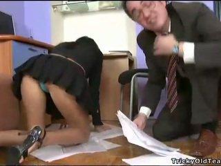 Delightful anāls sekss ar skolotāja
