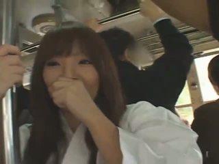 Rinnakas jaapani tüdruk hitomi tanaka banged sisse avalik