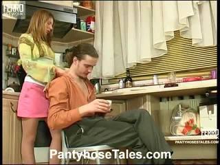 Alice 和 mike kewl hose 电影