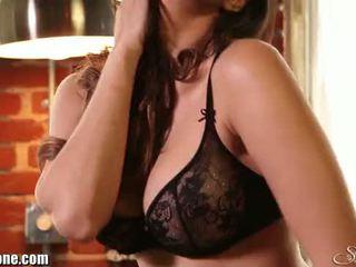 Sunny leone's zwart lingerie