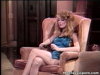 πορνοστάρ, πορνό κορίτσι και οι άνδρες στο κρεβάτι, παλιά porn