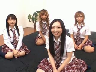 Japonez v modele avea distracție cu an orgie