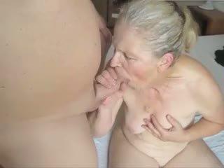 奶奶, 口交, 射液