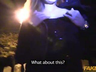 Fake politi anal sex med en vampyr i graveyard