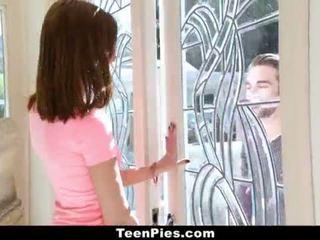 Teenpies - virgin dalaga gets accidentally creampied