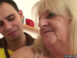 Miang/gatal nenek pounded oleh muda dude
