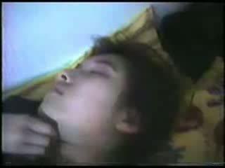 Dormire matura donna fingered video