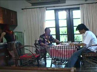 vjetër + rinj, thai