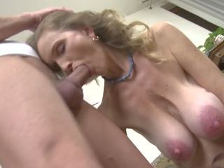 Kuuma läkkäämpi seksi kanssa likainen äiti ja poika, hd porno 98