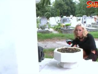Heiß widow gets nailed