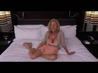 Grannie getting fucked, free diwasa porno video cd