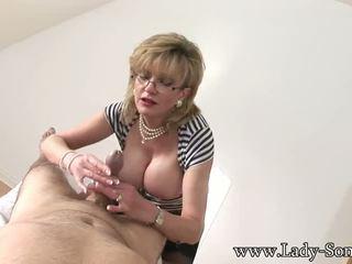 Lady Sonia handjob