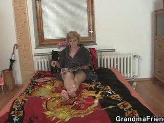 mmf, סבתא, אמהות ובנים